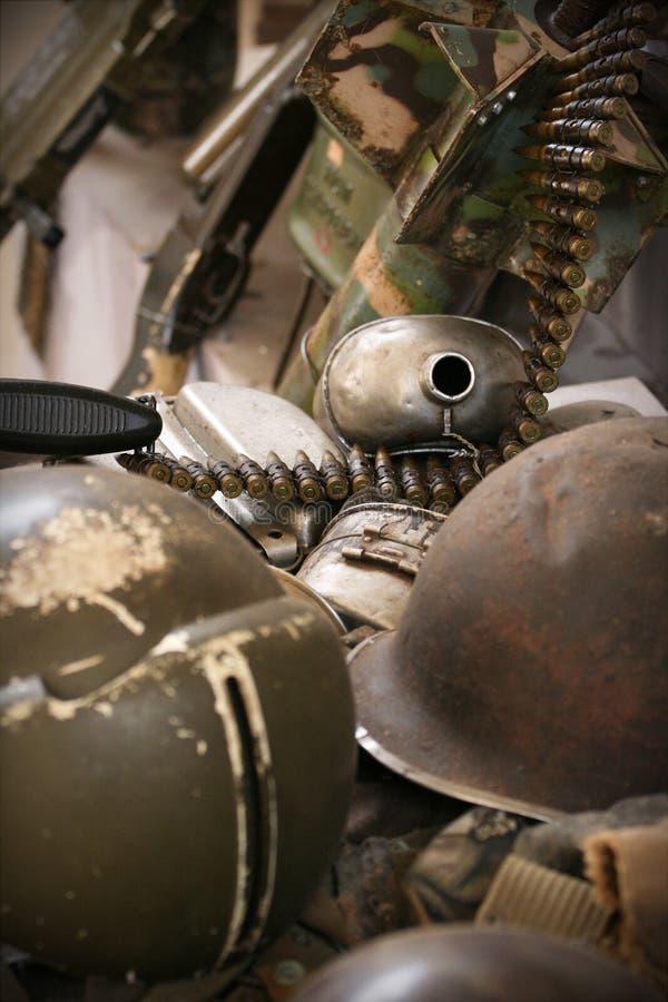 Download Blijft Van De Oorlog Van Vietnam Stock Afbeelding - Afbeelding bestaande uit groen, stukken: 29500367