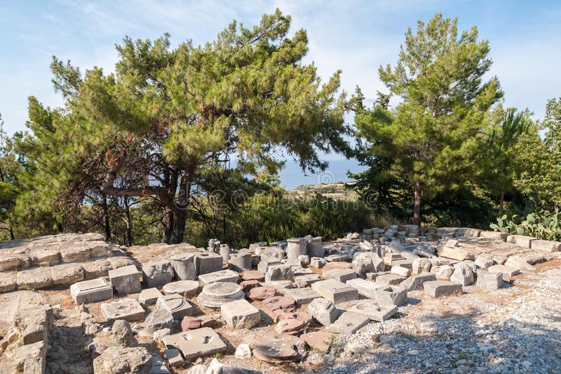 Blijft van Oude die Stad van Kamiros, Hellenistic-Stad door Homerus wordt vermeld Pliths exavated van plaats gezet op vertoning i royalty-vrije stock foto's