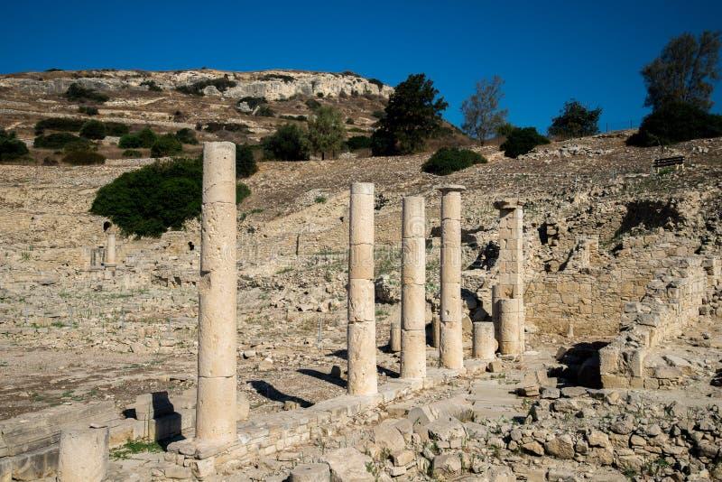Blijvend kolommen in oude de stadsplaats van Amathus in Limassol royalty-vrije stock foto