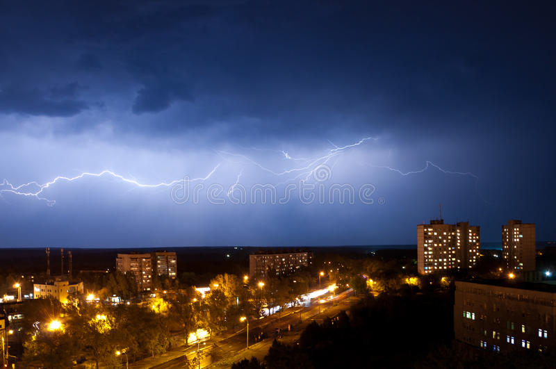 Bliksem in Kharkov royalty-vrije stock foto's