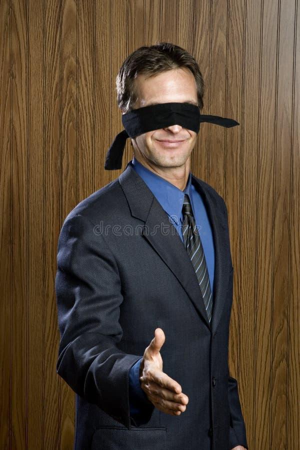Blind leidend blinden royalty-vrije stock afbeelding