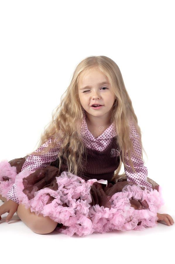 Blinzeln des kleinen Mädchens lizenzfreie stockbilder