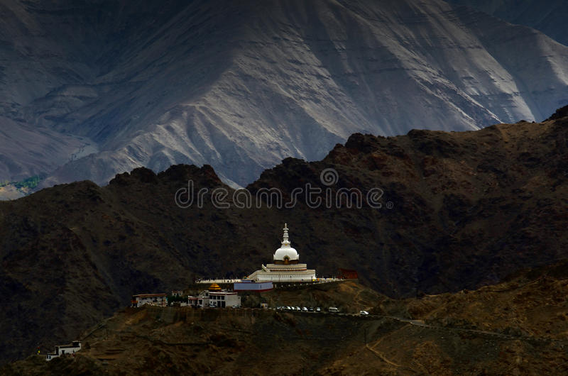 Blisko Leh Shanti Stupa, Ladakh, India zdjęcia stock