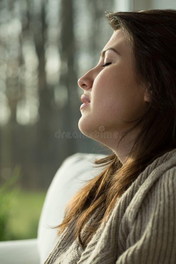 blisko płacze portret dziewczyny, obraz royalty free