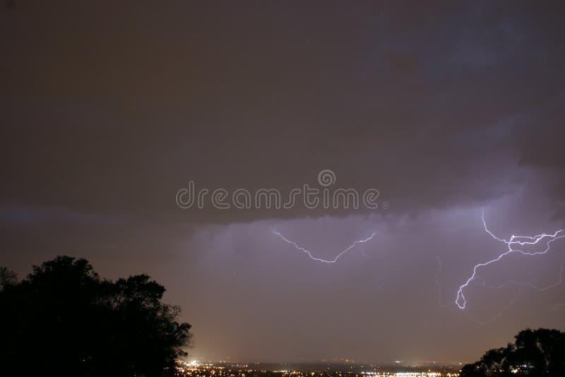 Blitzschläge stockfotografie