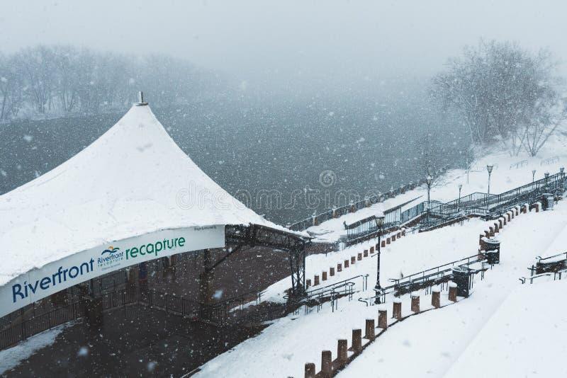 Blizzard noch ` Ostern am 13. März 2018 in Hartford Connecticut Neu-England stockbild