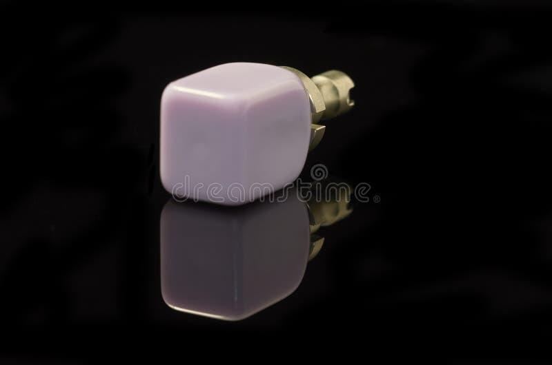 Bloc verre-en céramique de Disilicate de lithium pour la technologie du DAO FAO photographie stock