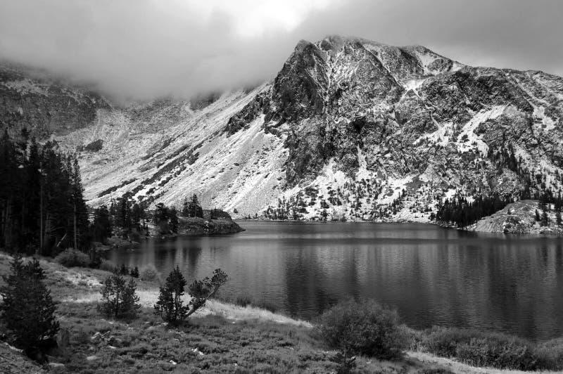 Bloccaggio del paesaggio scenico della natura strabiliante fotografie stock