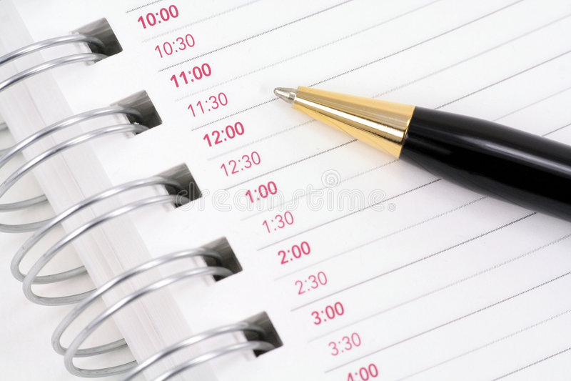 Blocchetto per appunti aperto con la penna immagine stock libera da diritti