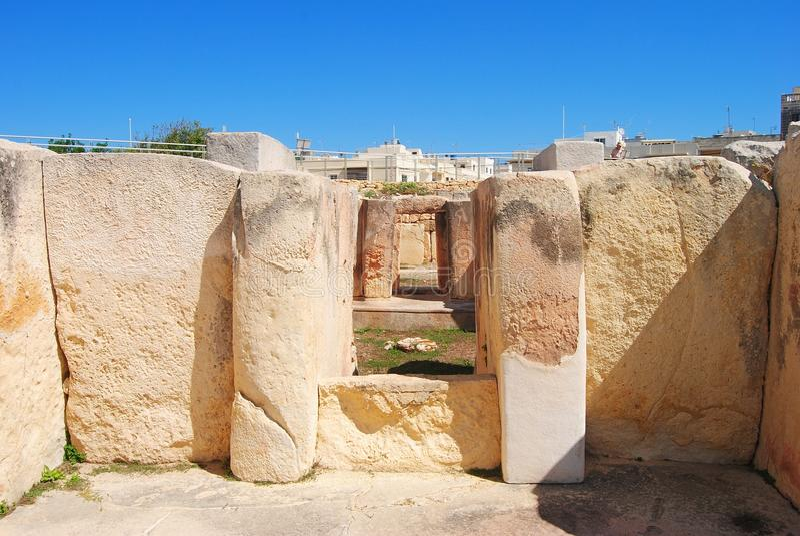 Blocchi di pietra del tempio di Tarxien a Malta fotografia stock