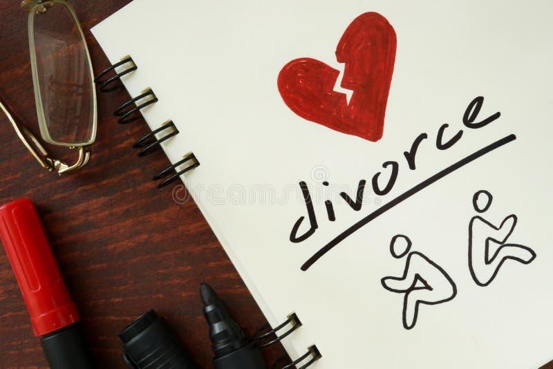 Blocco note con il divorzio fotografie stock libere da diritti
