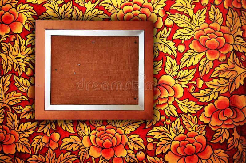 Blocco per grafici della foto con la parete floreale fotografie stock