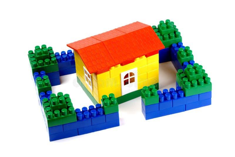 block som bygger hustoyen royaltyfri fotografi
