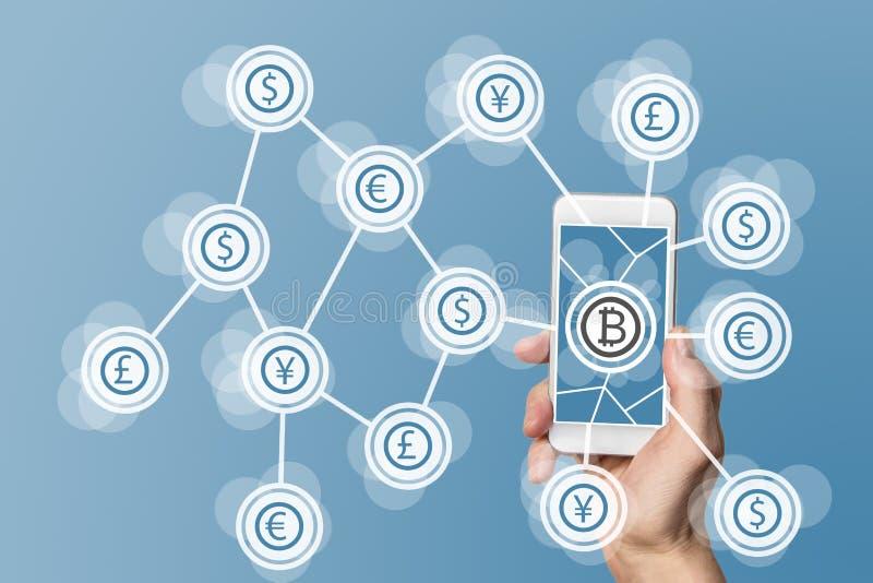 Blockchain και bitcoin τεχνολογία και κινητή έννοια υπολογισμού στο μπλε υπόβαθρο στοκ φωτογραφία