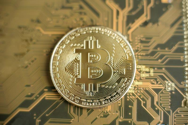 Blockchain teknologi, Bitcoin som bryter begrepp royaltyfri foto