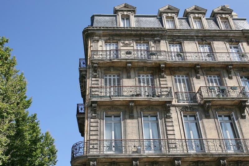 Bloco de apartamentos no Bordéus imagens de stock