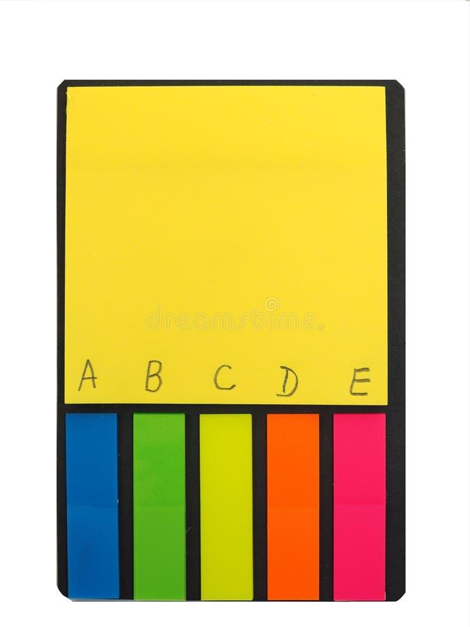 Bloco de notas para a nota Bloco de stikers de papel coloridos fotos de stock royalty free