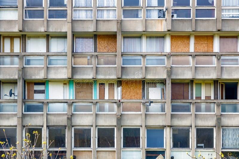 Bloco do alojamento do plano do Conselho em Londres do leste fotos de stock