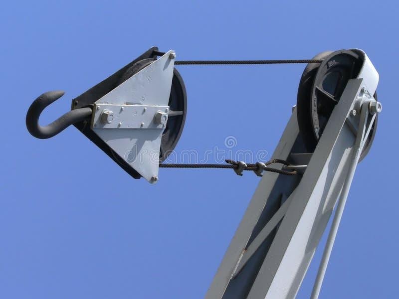 Download Bloco do guindaste foto de stock. Imagem de rodas, industrial - 542782