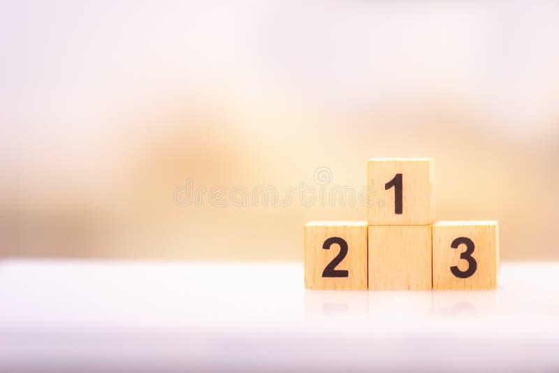 Bloco n?mero de madeira um dois tr?s usando-se como o conceito do neg?cio e da propriedade fotografia de stock royalty free