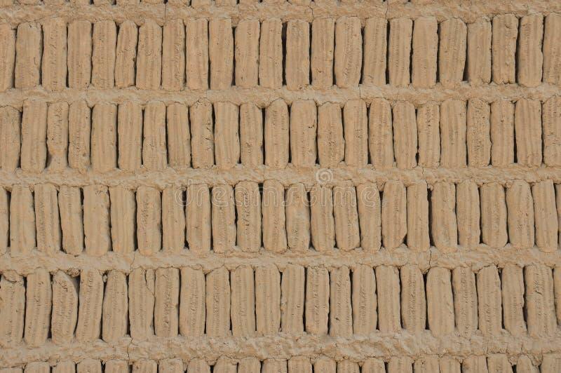 Blocos de Adobe de um Huaca, Miraflores, Peru foto de stock