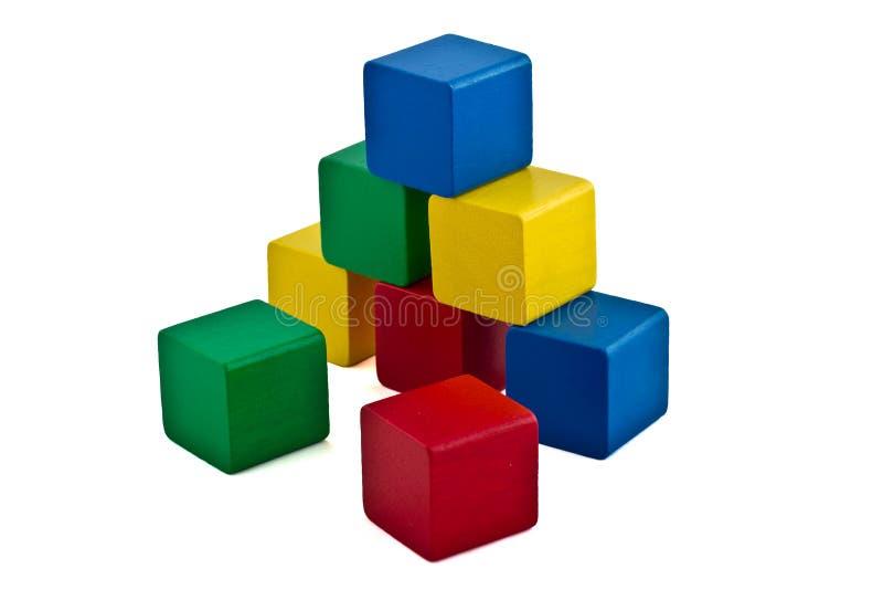 Blocos de apartamentos coloridos - pirâmide foto de stock royalty free