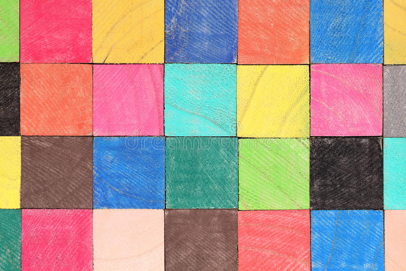 Blocos de madeira coloridos do brinquedo fotografia de stock royalty free