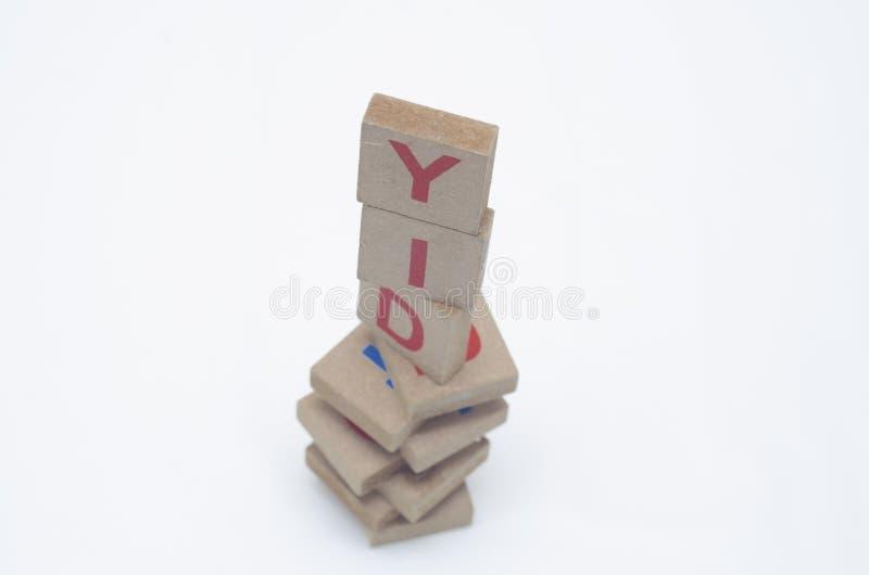 Blocos de madeira com palavra de DIY imagem de stock