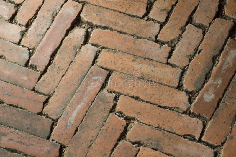 Blocos do assoalho feitos dos tijolos foto de stock