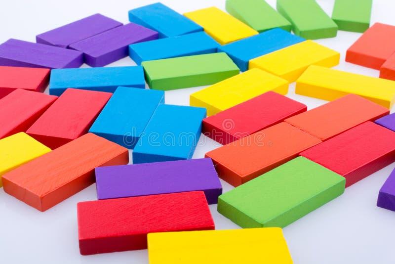 Download Blocos Do Dominó De Vária Cor Foto de Stock - Imagem de impacto, wooden: 80100744