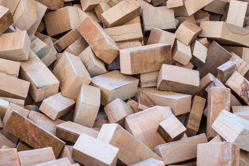 Blocos pequenos de madeira em uma pilha fotos de stock royalty free