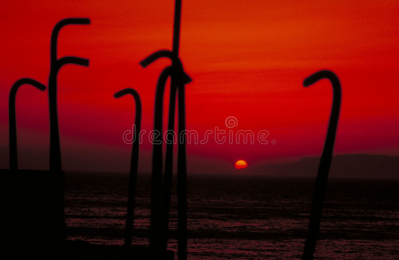 Bloedige zonsondergang royalty-vrije stock fotografie