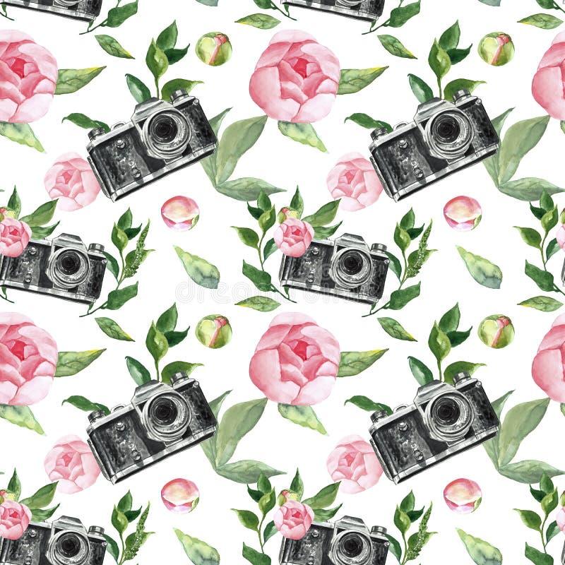 Bloeit het waterverf bloemen naadloze patroon met roze rozen, pioen en retro camers op witte achtergrond De druk van de Romaticzo royalty-vrije illustratie