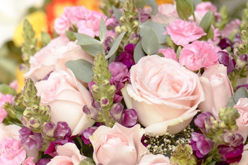 Bloemboeketten, bos van bloemen stock afbeelding