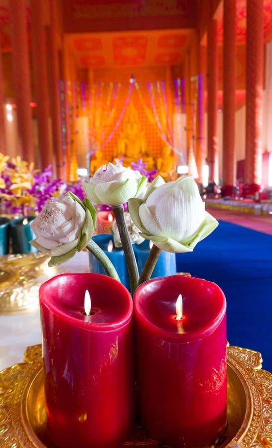 Bloemen in Boeddhisme stock foto