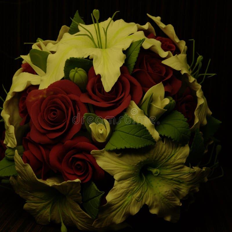 Bloemen in de nacht stock afbeelding