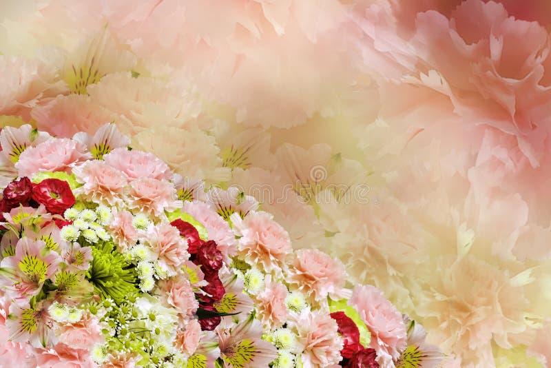 Bloemen kleurrijke mooie achtergrond Boeket van de rood-roze-geel-witte samenstelling van de bloemenbloem stock foto's