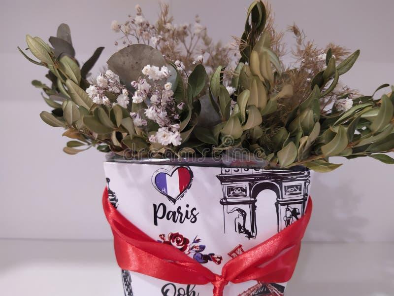 Bloemen in Parijs royalty-vrije stock afbeelding