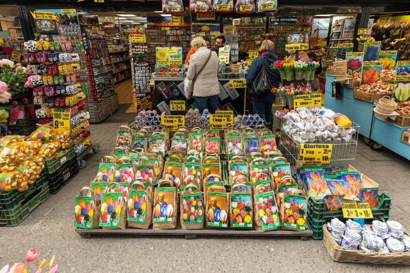 Bloemenbollen bij de traditionele bloemmarkt, Amsterdam, Holland, Nederland stock fotografie