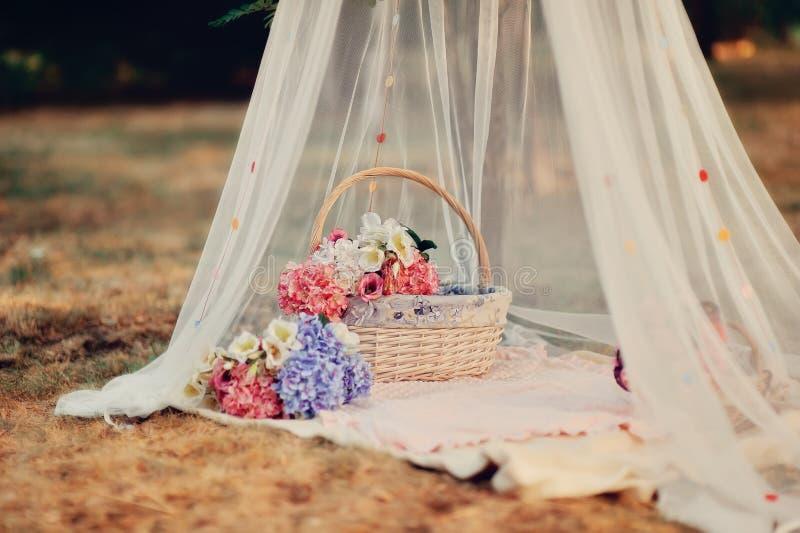 Bloemenstilleven stock foto's
