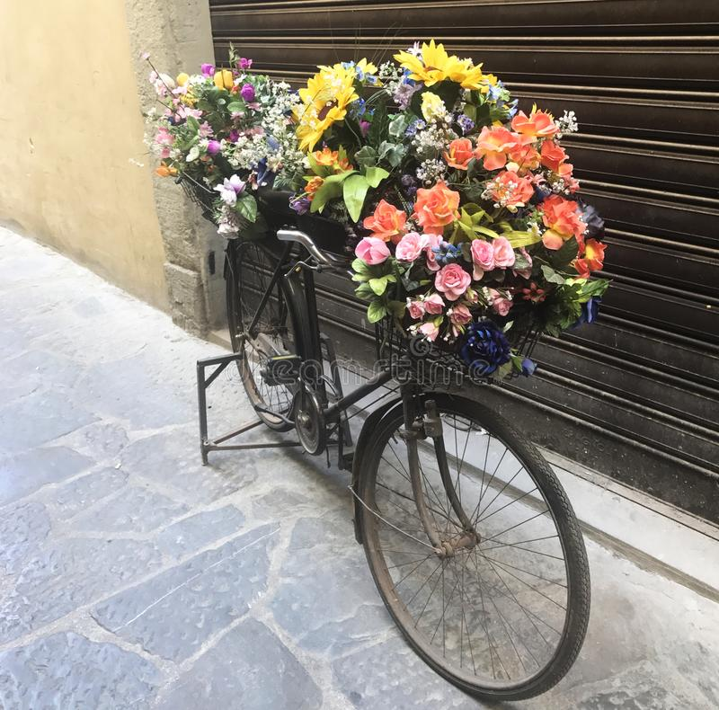 Bloemfiets in Florence Italy royalty-vrije stock foto's
