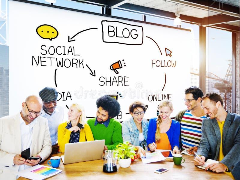 Blog-Blogging Kommunikation schließen Daten-sozial-Konzept an lizenzfreies stockfoto