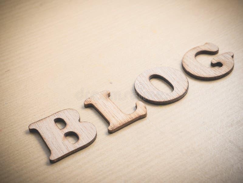 Blog, concept en bois de typographie de mots images libres de droits
