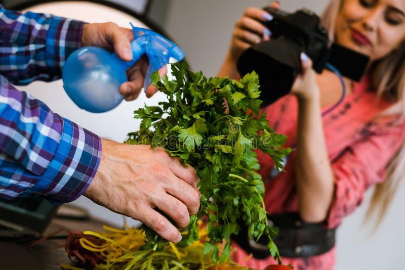 Blogg för konst för teamwork för studio för matfotografifoto royaltyfria foton