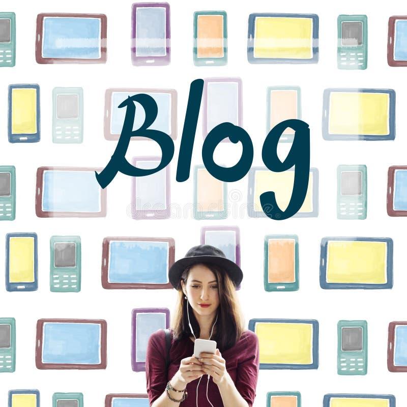 Blogging del blog che collega concetto contento di informazioni immagine stock libera da diritti