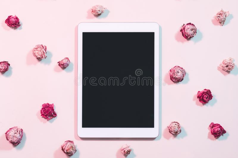 Blogging social networks tablet computer flat lay royalty free stock photography