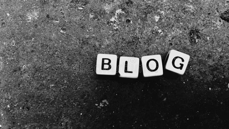 Blogweißbuchstaben lizenzfreie stockfotos