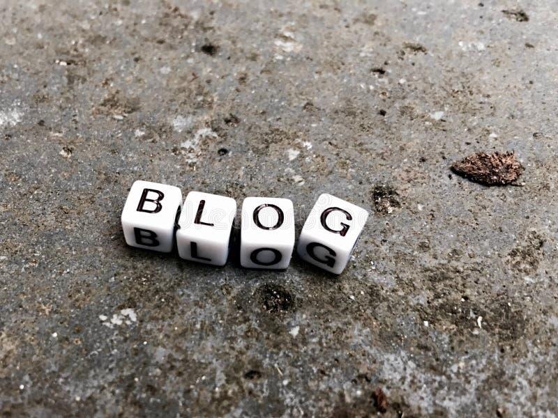 Blogweißbuchstaben stockfotos