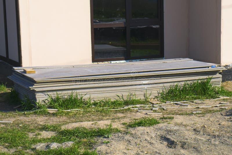 Blok van panelen voor snelle bouw van huis stock afbeelding