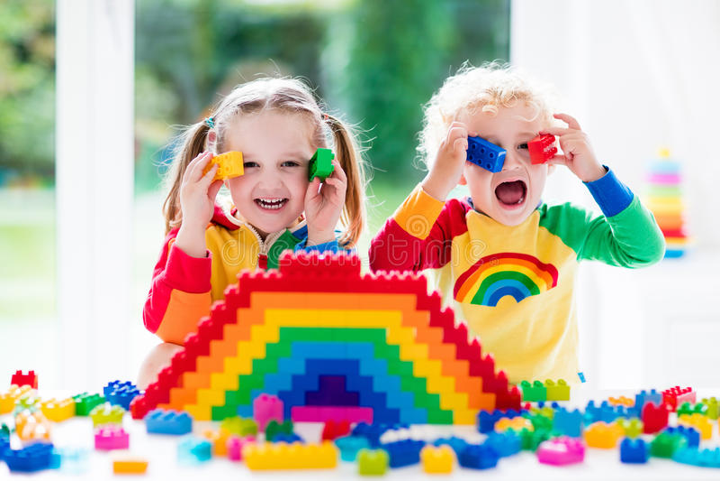 blokuje kolorowy bawić się dzieciaków obraz royalty free